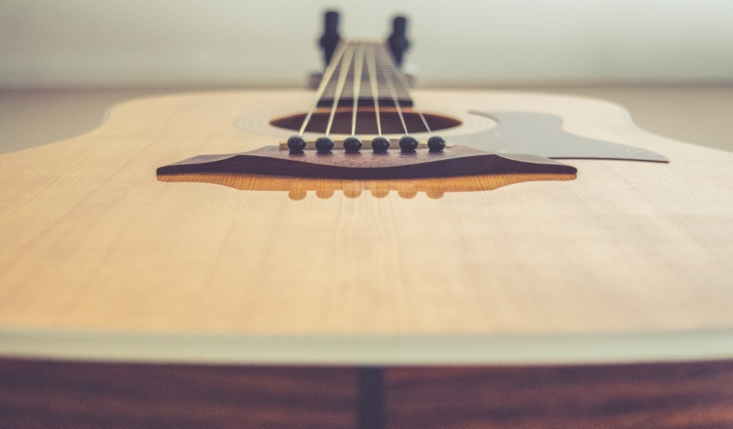 The Best Custom Made Acoustic and Luthier Guitars